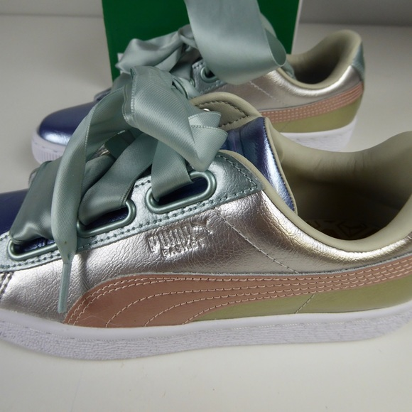 puma basket heart up sneakers